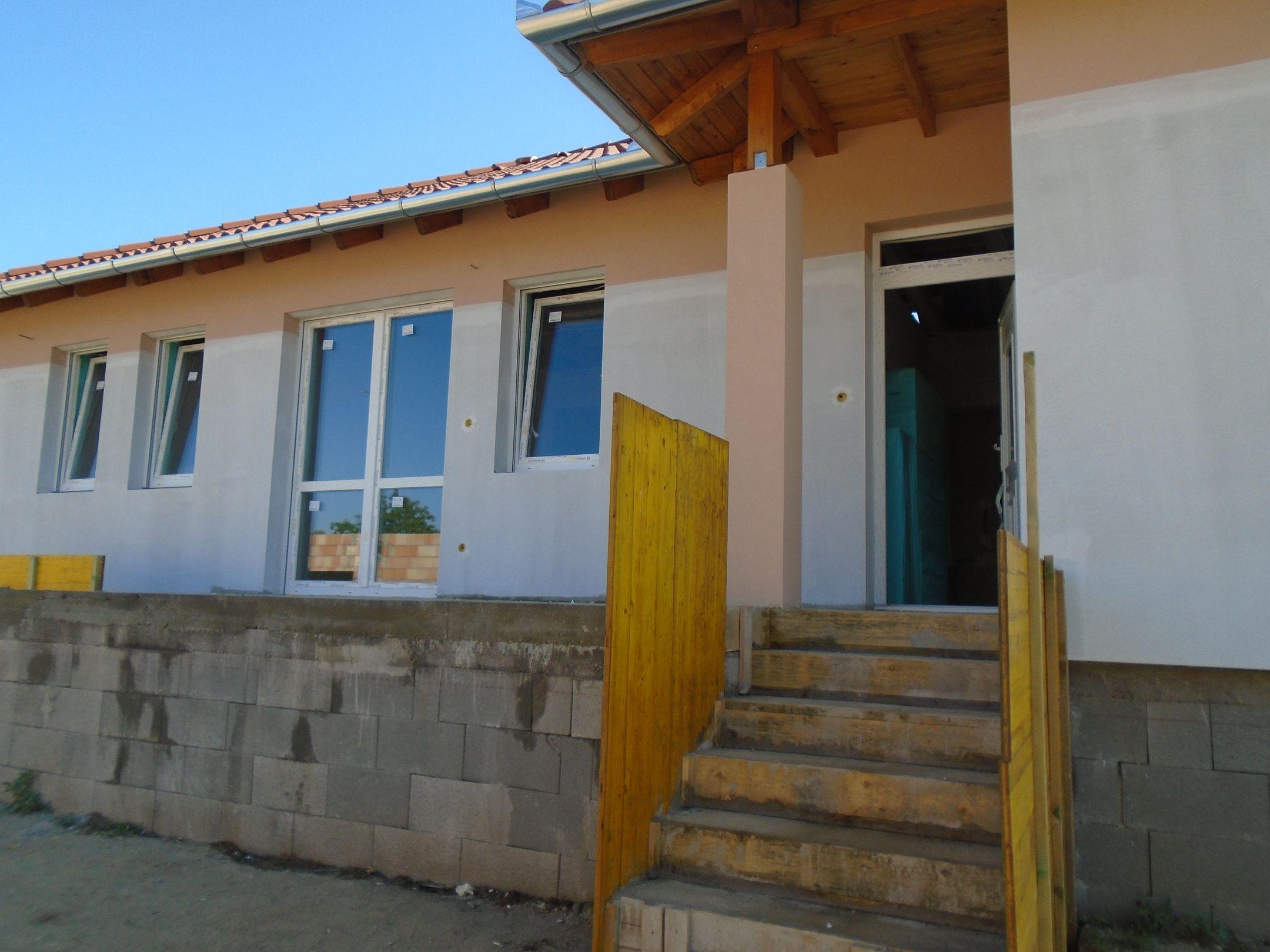 Gyömrő központjához közel,családi házak között,új építésű családi ház eladó!