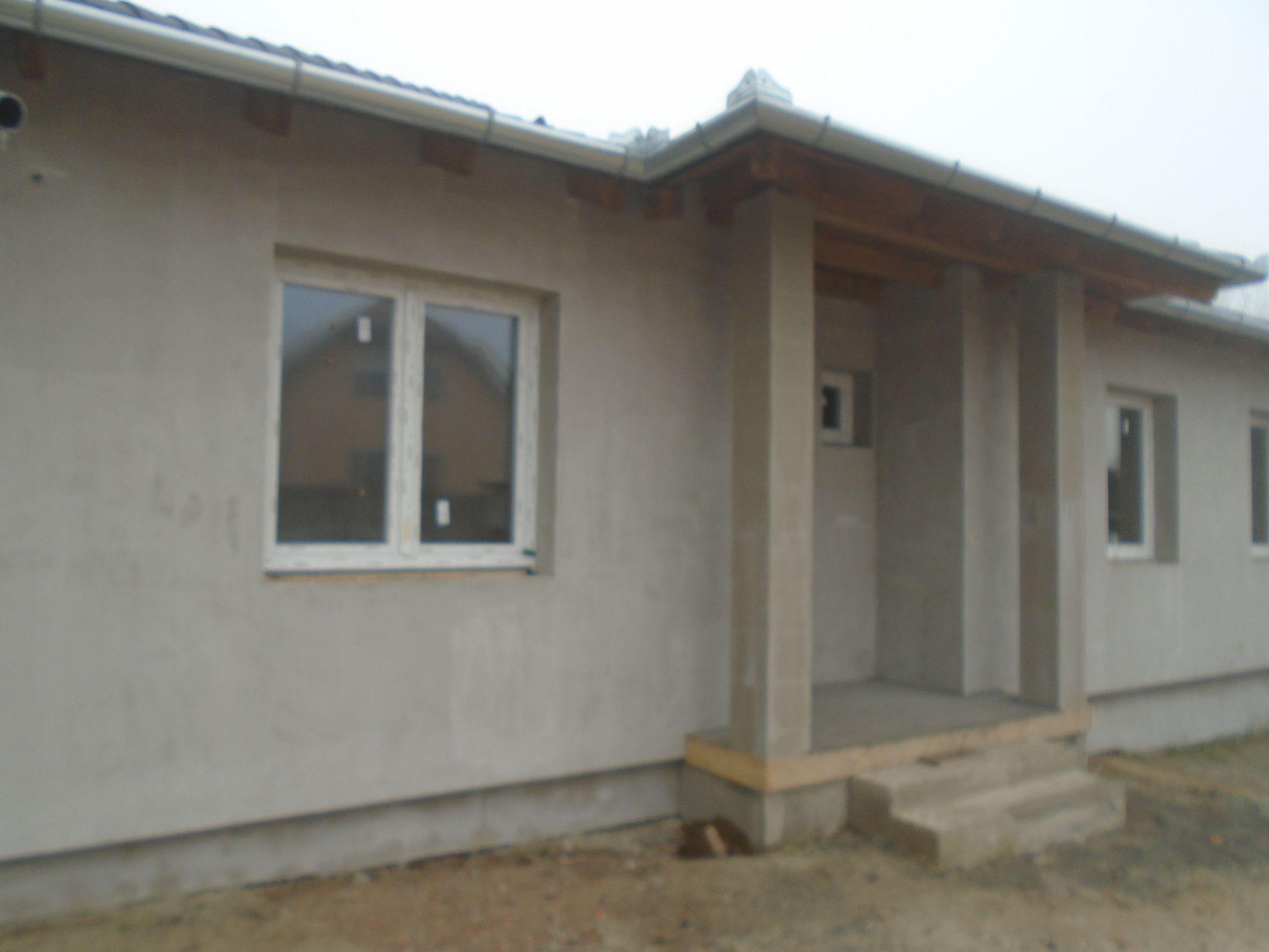 Maglód központjában,közel mindenhez, új építésű családi ház eladó!