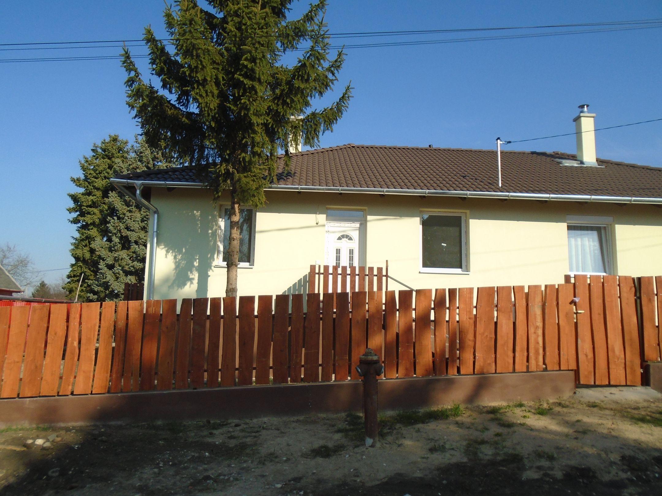 Maglódon, családi házak között új építésű ikerlakások eladók!